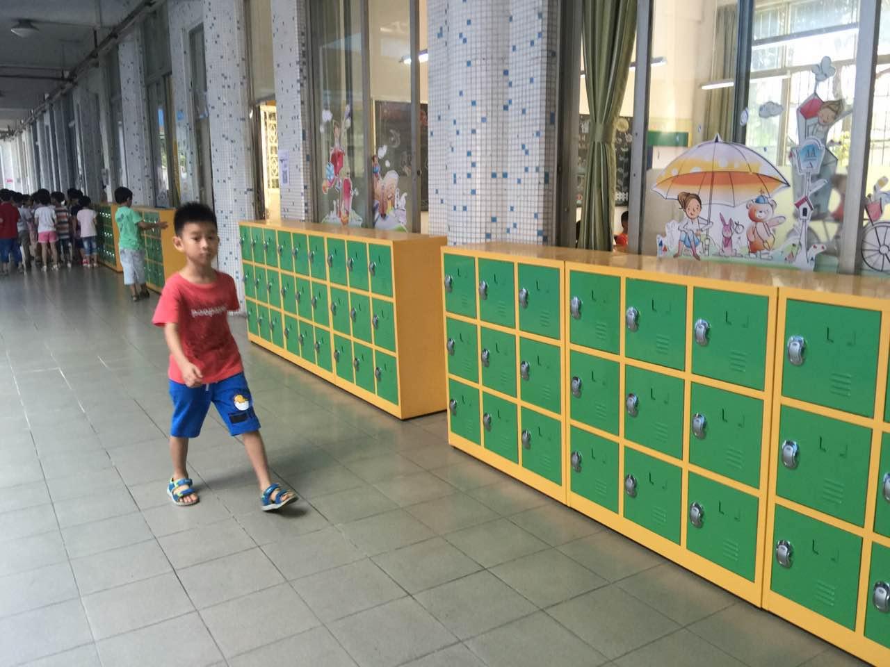 【广东】智能柜锁上哪采购 广州德兴小学找到采虹科技